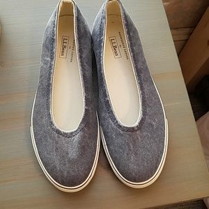L.L. Bean Sunwashed Sneakers. Size 8.5